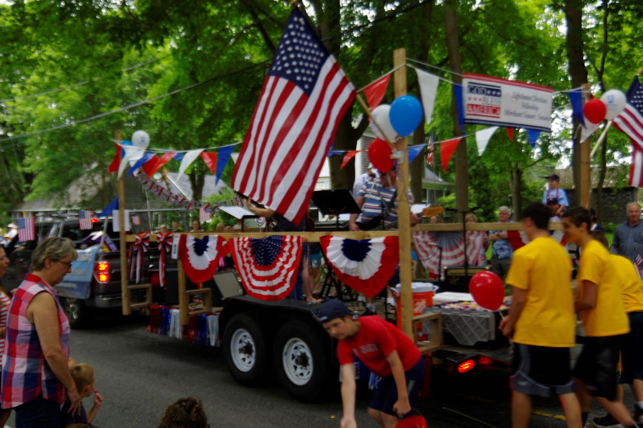 Parade float for July 4th celebration in Sandwich MA